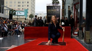mroca33765875 actress jodie foster touches her star after it was160505162648