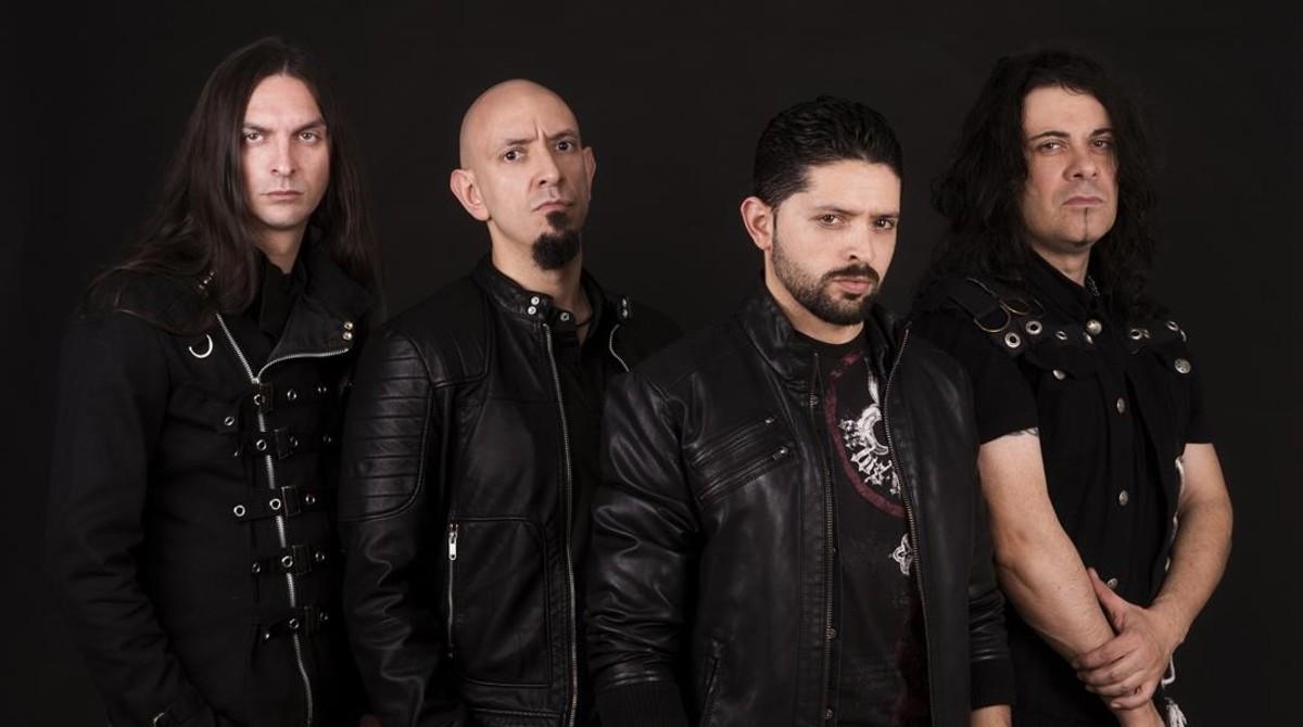 Lords of Black, con Ronnie Romero (segundo por la derecha). 6b000a424a