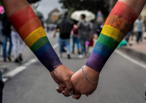 Cornellà s'afegeix a la celebració del Dia Internacional contra la LGTBIfòbia