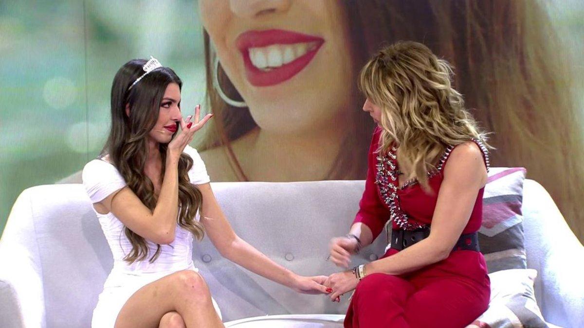 Andrea ('La isla de las tentaciones') y Emma García en 'Viva la vida'.