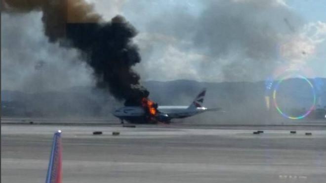 Un avió de British Airways s'incendia a Las Vegas.
