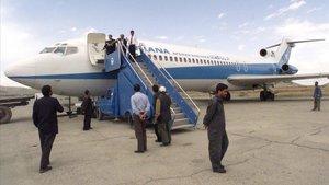 Avión de la compañía afgana Ariana.
