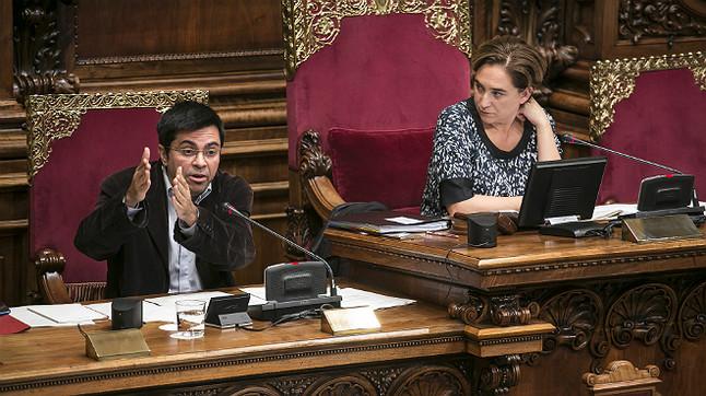 Debate en el pleno del Ayuntamiento de Barcelona sobre el TTIP