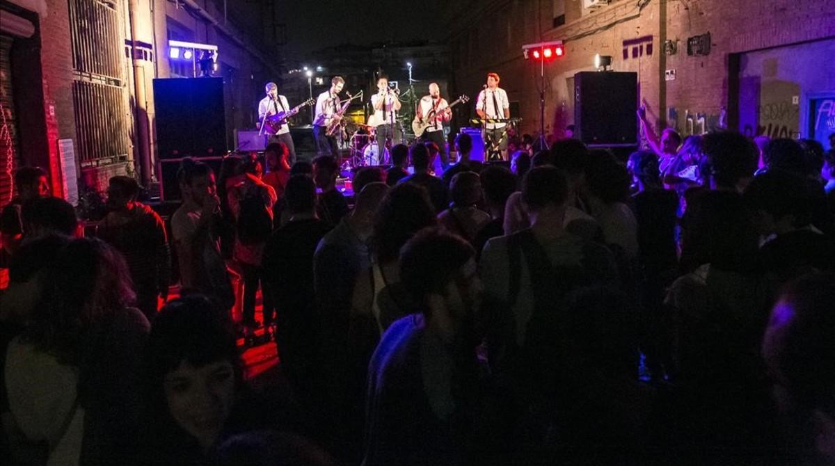 La BCN Ska Jazz Orquestra, el sábado en el concierto del quinto aniversario de Can Battló.