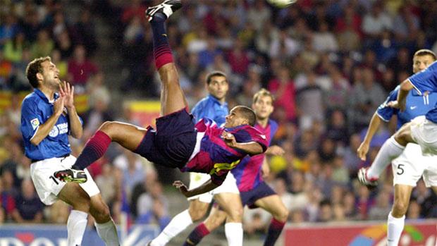 La chilena de Rivaldo fue más espectacular y definitiva que la de Cristiano Ronaldo