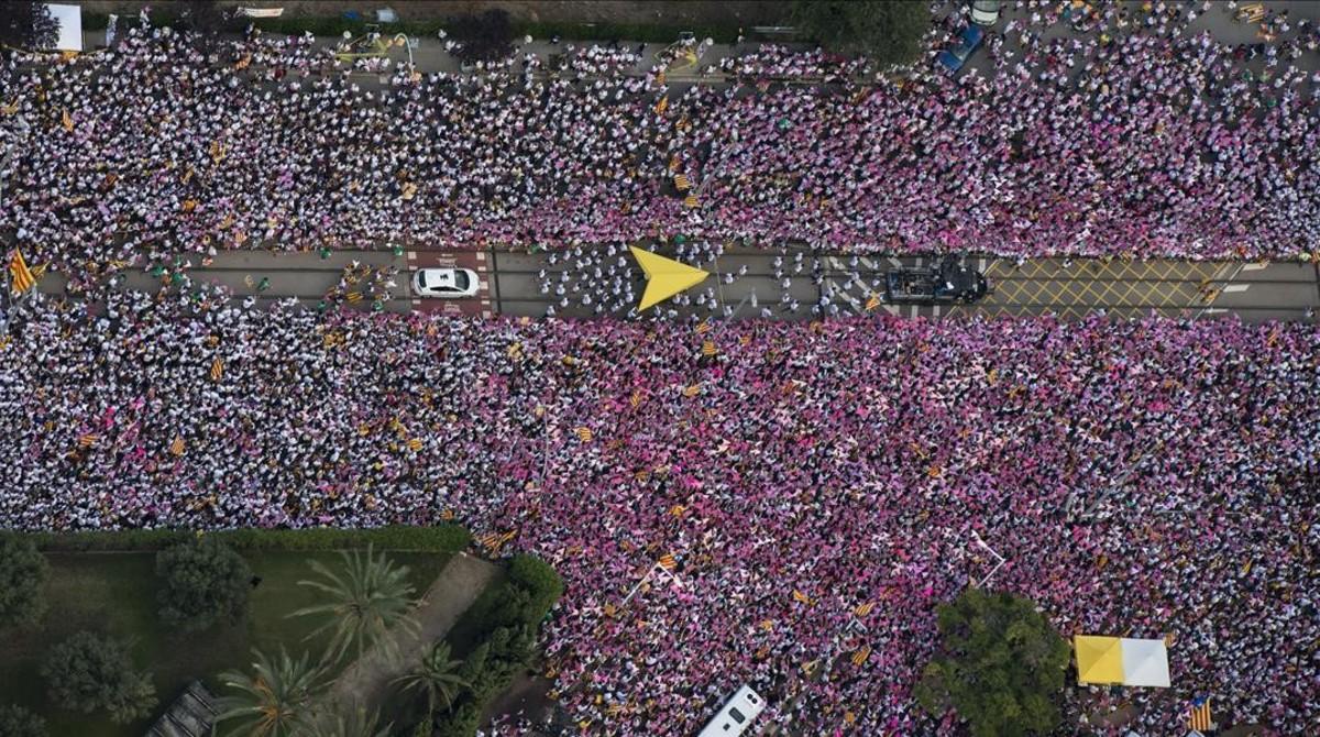 La última manifestación de la Diada, en la avenida de la Meridiana.
