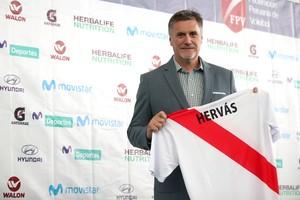 Francisco Hervás Tirado,el director técnico de la selección nacional femenina categoría mayores de Perú para los próximos dos años.