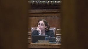 Ada Colau, en el pleno municipal de febrero del 2018.