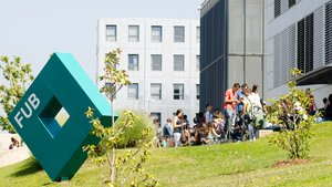 La Fundació Universitària del Bages-Campus Manresa de la UVic-UCC.