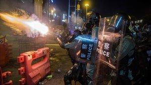 Protestas en Hong Kong en el distrito deCauseway Bay este domingo.