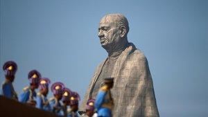 Inauguración de la estatua de Sardar Patel, héroe nacional de la India.