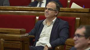 Jordi Turull, en su escaño del Parlament.