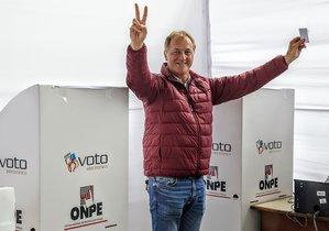 Jorge Muñoz fue elegido alcalde de Lima tras realizarse las elecciones municipales y regionales en Perú.