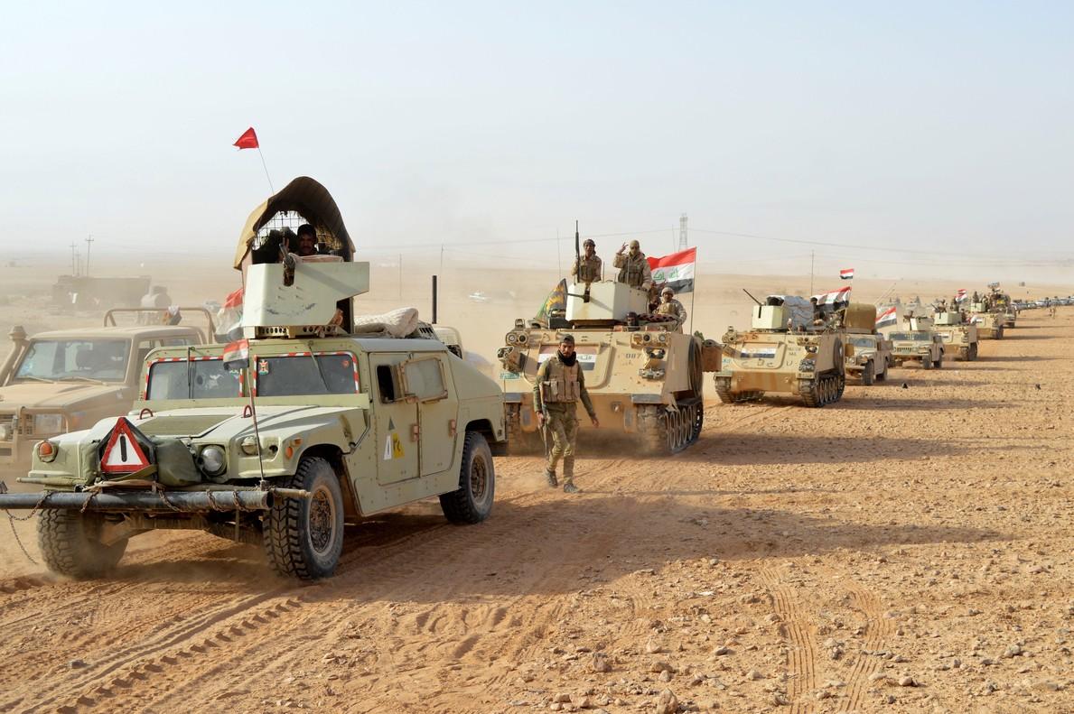 Las tropas de Irak después de liberarla ciudad de Rawa del Estado Islámico (EI). 17 de noviembre de 2017.