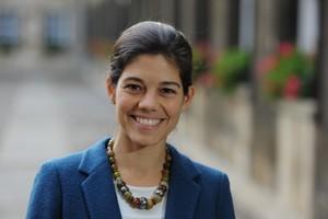 Laura Díaz Anadón, ganadora del XVII Premi Fundació Banc Sabadell a la Investigación Econòmica.