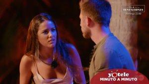 Melyssa y Tom en su hoguera de confrontación en 'La isla de las tentaciones'.