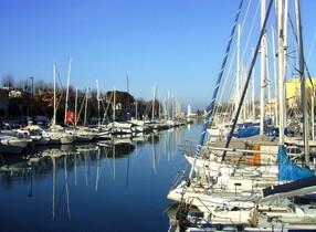 El puerto italiano de Rimini, lugar donde apareció la maleta con el cuerpo de Katerina Laktionova.