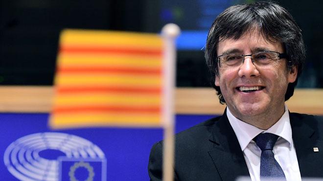 Carles Puigdemont pide ayuda en la UE para lograr el referéndum.