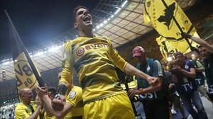 El Dortmund de Bartra conquista la Copa alemana