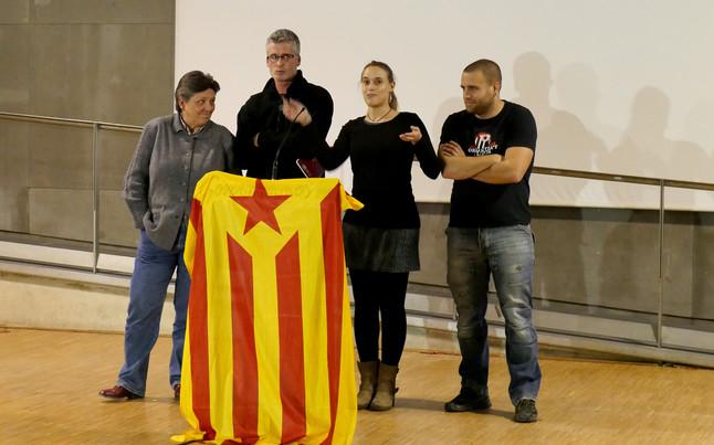 Rueda de prensa de algunos miembros de la CUP tras el Consell Polític del domingo 3 de enero del 2016.