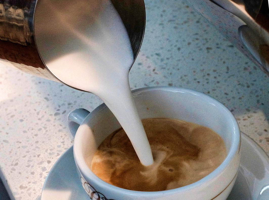 La cafeïna empitjora l'ansietat i l'apatia en malalts d'Alzheimer