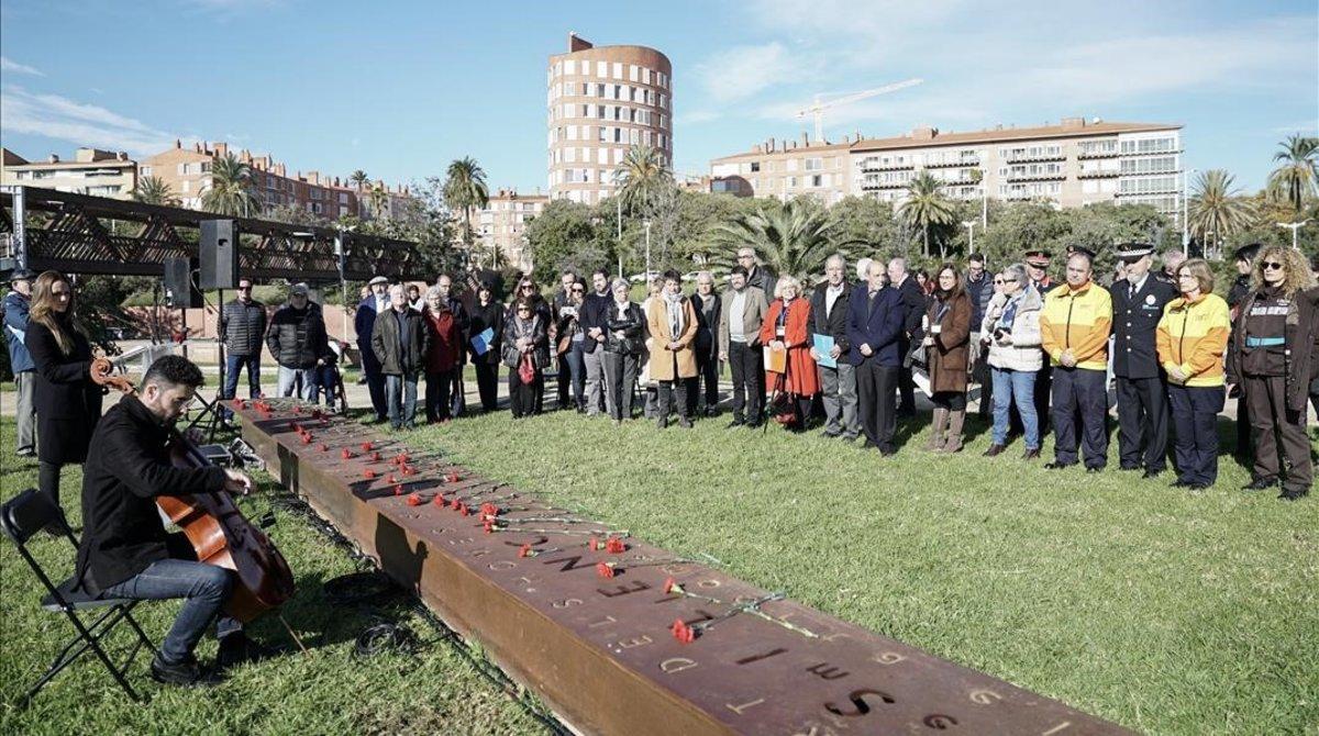 Acto de conmemoración del Día Mundial en Recuerdode las Víctimas de Tráfico, este domingo en Barcelona.