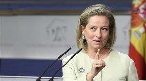 La diputada de Coalición Canaria, Ana Oramas, en una rueda de prensa en el Congreso