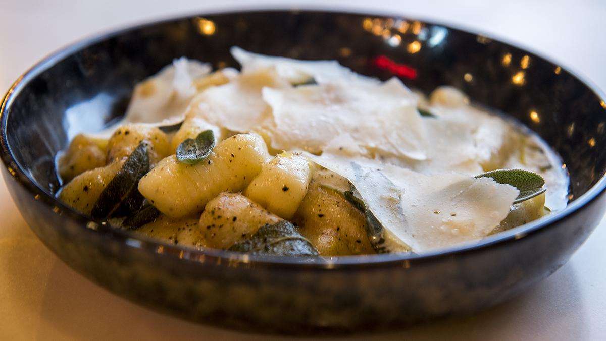 Recepta de nyoquis de patata a la mantega de sàlvia amb llimona i parmesà