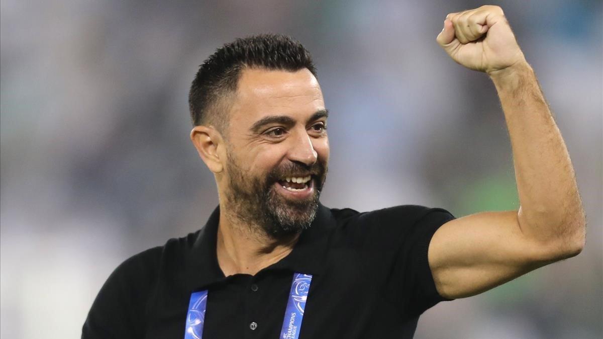 Xavi celebra un gol del Al-Saad de Doha.