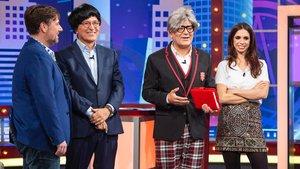 Xavier Sardà y José Corbacho junto a Carlos Latre y Elena Furiase en 'Juego de niños'.