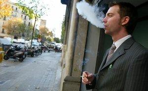 L'Audiència Nacional defensa descomptar les pauses per fer el cafè o per fumar de la jornada laboral