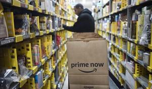 Amazon agreuja la batalla comercial amb enviaments gratis durant una setmana
