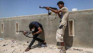 Almenys una desena de mercenaris russos moren en combat a Líbia