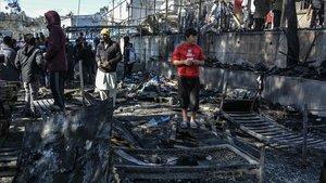 Mor una nena en un incendi en el camp de refugiats de Mória