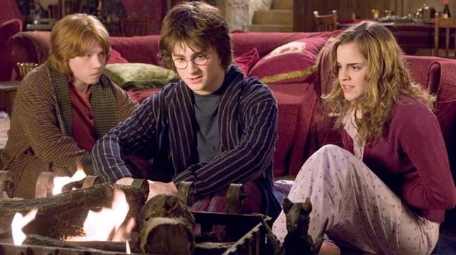 Harry Potter y el cáliz de fuego\' y \'El club de los poetas muertos\'