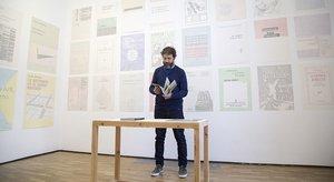El artista argentinoGonzalo Elvira, en la galería RocioSantaCruz, donde presenta la muestra 'Idilio'.