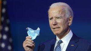 Biden habla a la prensa tras reunirse con su recién nombrado equipo asesor del covid-19.