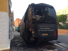Un piròman crema l'autobús d'un equip de la Vuelta