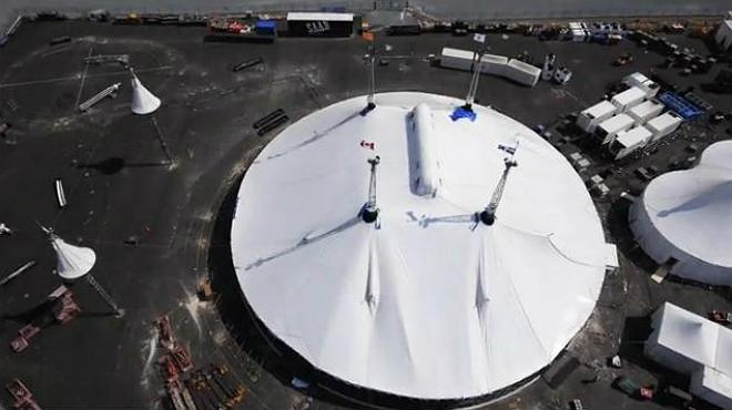 La instalación de la emblemática carpa del Cirque du Soleil en PortAventura.