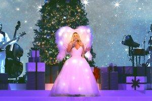 GRAF8887. MADRID, 17/12/2018.- La cantante estadounidense Mariah Carey durante el concierto que ofrece esta noche en el Palacio de los Deportes de la Comunidad de Madrid, dentro de su gira de Villancicos. EFE/BysAgency/Òscar Lafox ***SOLO USO EDITORIAL***