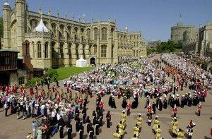 El desfile de la Orden de la Jarretera, en el castillo de Windsor, en el 2002.