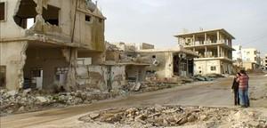 Edificios destruidos en Taftanaz, en el noroeste de Siria, convertida en una ciudad fantasma tras los bombardeos del régimen, en una foto del 3 de febrero.
