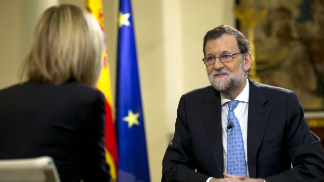 Mariano Rajoy, durante la entrevista en Antena 3, reacciona a la decisión de Ayuntamiento de Pontevedra de declararlo persona non grata.