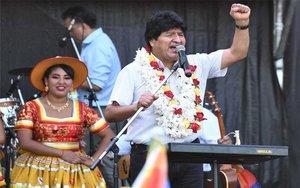 Evo Morales en un evento de campaña en Argentina.