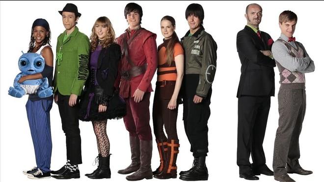 La Família del Super 3: Pati Pla, Fluski, Lila, Desmond, Àlex, Pau, el Sr. Pla y Rick