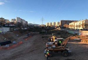 Los trabajos que se están llevando a cabo en el arroyo de las Arenes de Terrassa.