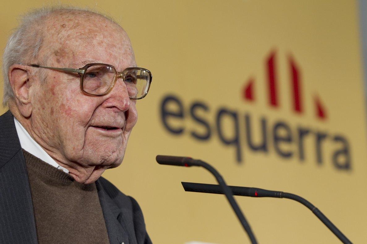 Barcelona inicia els tràmits per retirar la Medalla de la Ciutat a l'Heribert Barrera equivocat