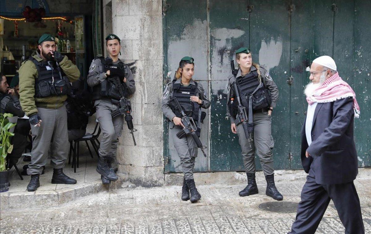 Israelíes deciden en las urnas el destino de Netanyahu