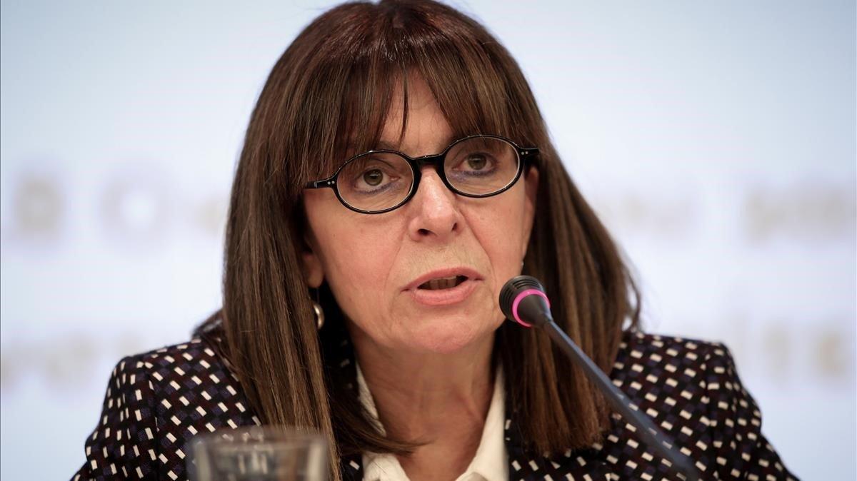 La jueza Ekaterini Sakelaropulu será la primera mujer que ocupa la presidencia de Grecia.