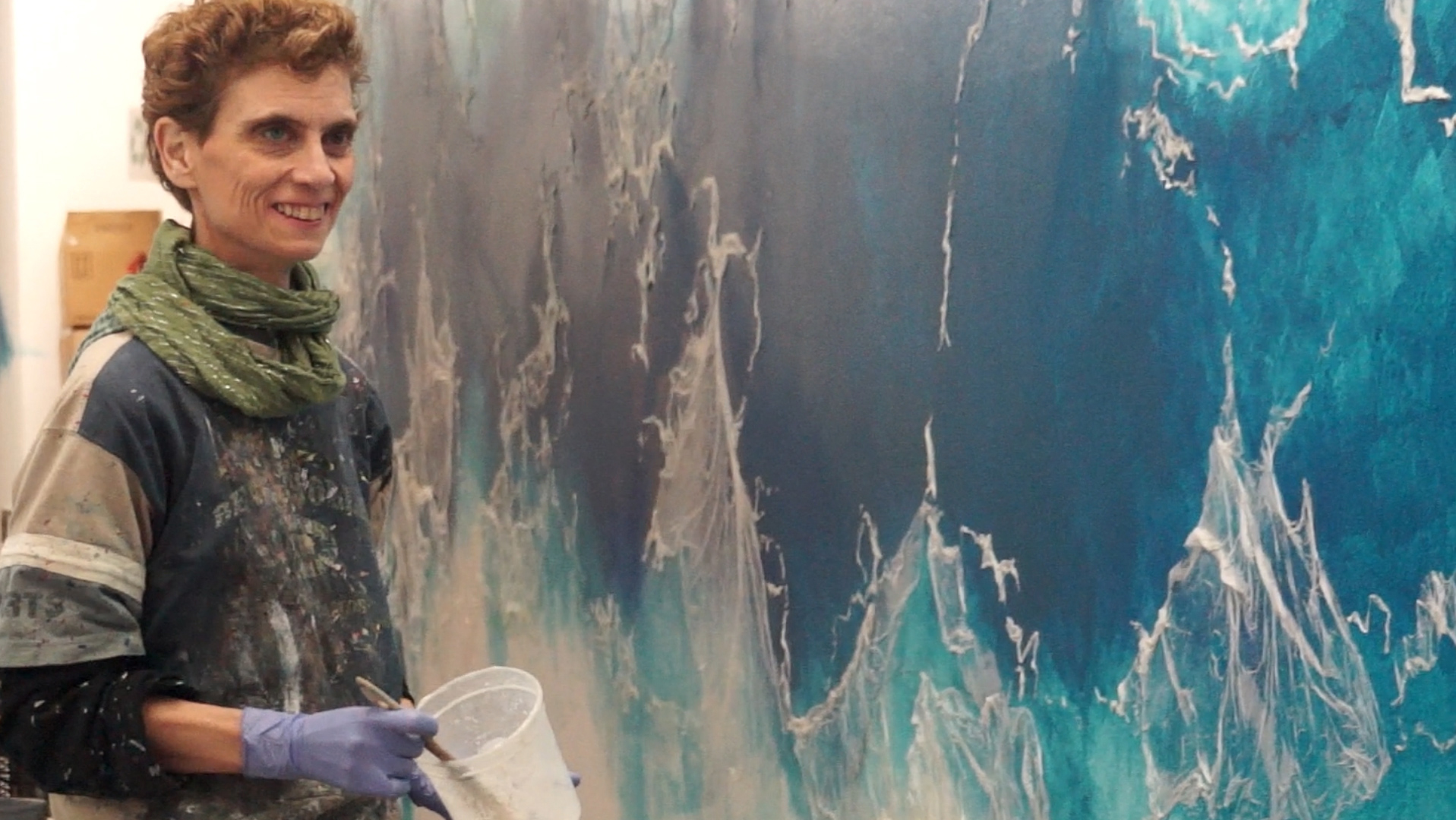 La artista ciega Kelly Arrontes ha ganado el concurso para pintar un mural de 125 metros en el Parc Científic en Barcelona.